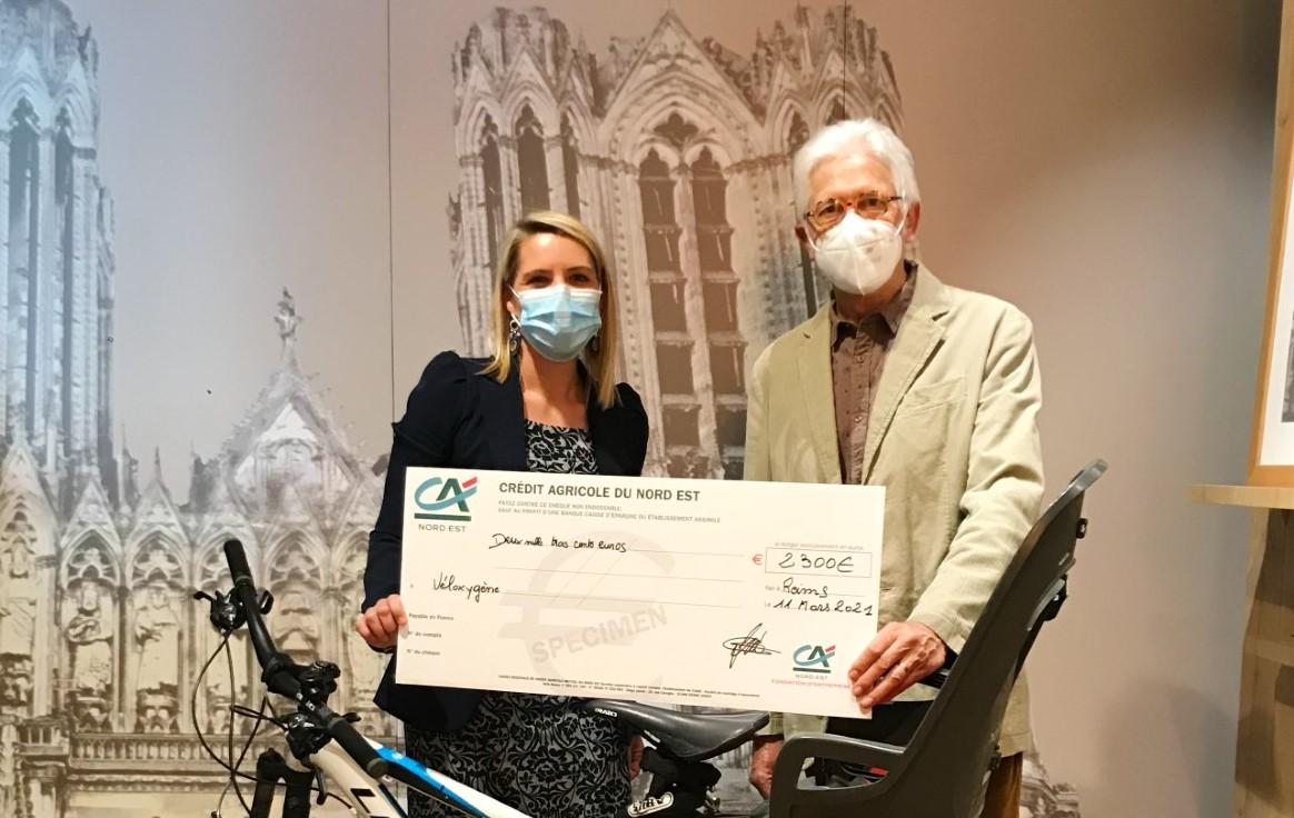 remise chèque fondation à vél'oxygène reims